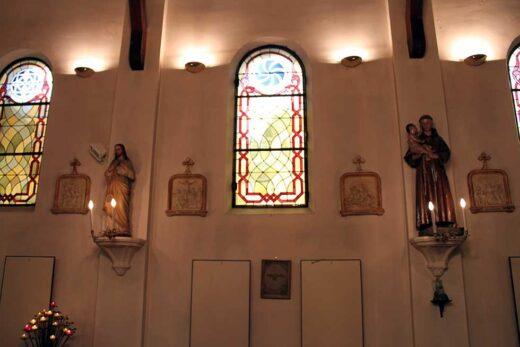 Les vitraux et les statues de l'église Saint Grégoire d'Arnouville