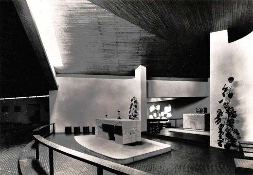 Notre Dame de la Paix- intérieur 1960