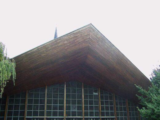 Vue générale de l'église Notre Dame de la paix