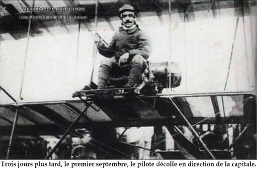 Photo de Léon Parisot sur son biplan Farman n° 119