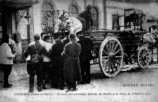 Arrivée des premiers blessés de Senlis à la gare de Villiers-le-Bel, Arnouville
