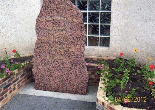 Stèle Missak Manouchian