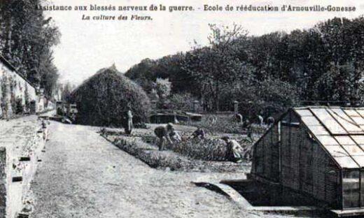 Assistance aux blessés nerveux de la guerre à Arnouville