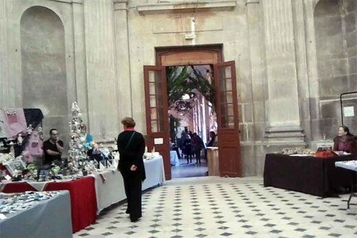 La porte allant vers la Salle à Manger