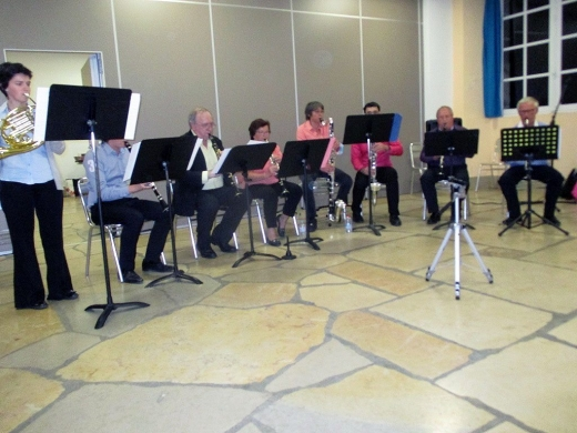 Une partie des membres de l'Orchestre Piu Mosso