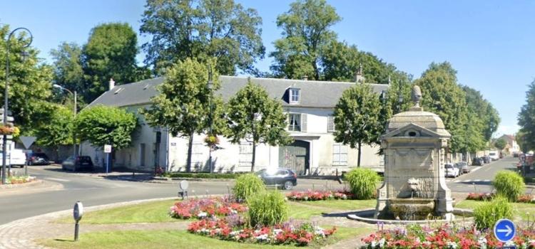 La demeure de Madame Thomas-Ropiquer et de Charles Loyeux