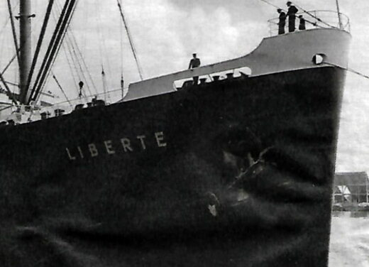 """Le bateau """"Liberté"""" pour Charles Aznavour"""
